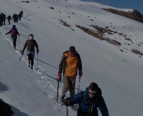 walking-skiing-mount-toubkal-morocco-winter